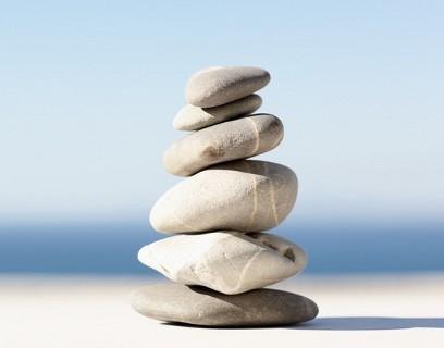 močové kamene, mechúr, moč, bolesť, cievkovanie, kamienky, obličky,