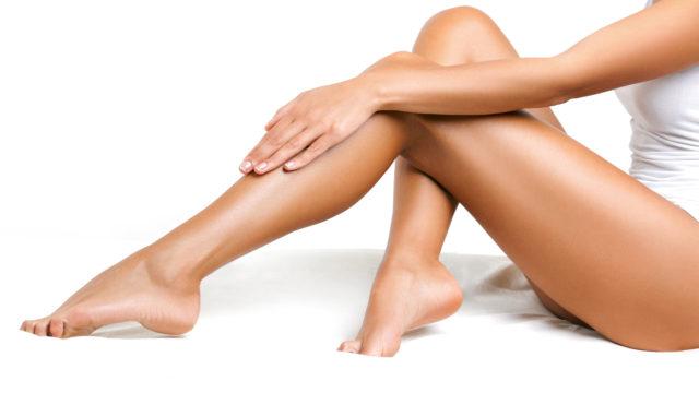 varixy, končatiny, nohy, žily, kŕčové žily, celulitída, koža, pokožka, stehná