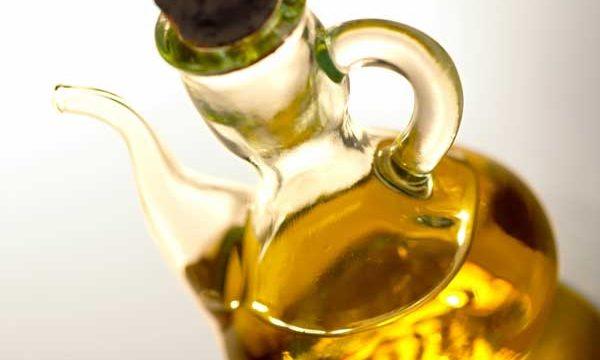 avokádo, orechy, alfa-linolénová, linolová kyselina, zdravé tuky, ľanový olej